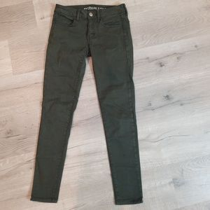 American Eagle AEO Sateen olive green jegging 2